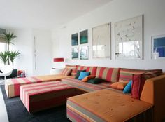 Colorful Retro Corner Sofa Furniture Sets and Wall Art in Modern Living Room Interior Decorating Designs Ideas Best Tips in Decorating Living Room Furniture Sets in Contemporary Designs Retro Living Rooms, Living Room Sets, Living Room Interior, Living Spaces, Modern Living, Retro Furniture, Sofa Furniture, Living Room Furniture, Living Room Decor