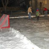 DIY Backyard Ice Skating Rink :) The kids are gonna be so surprised! Backyard Hockey Rink, Backyard Ice Rink, Outdoor Rink, Backyard Playhouse, Winter Fun, Winter Season, Winter Ideas, Skating Rink, Winter Activities