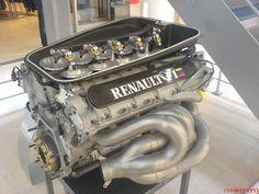 RENAULT F1 ENGINE 2014