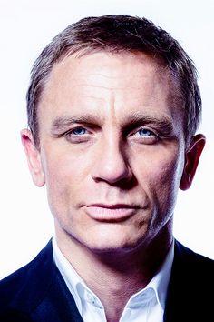 Daniel Graig, Daniel Craig James Bond, Casino Royale, Music Week, Theory Of Love, Casino Outfit, Casino Theme Parties, Jack Black, Revolution