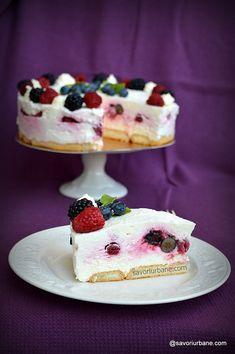 Tort cu fructe de pădure - cheesecake fără coacere - o rețetă simplă | Savori Urbane Flan, Parfait, Tiramisu, Cheesecake, Cakes, Cooking, Desserts, Pies, Custard