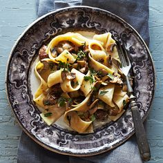 """Pappardelle with Chicken Livers and Mushrooms - The humble chicken liver adds depth to this luscious dish—no wonder it's the new """"it"""" ingredient. Plus: Pasta Recipes and Tips … Chicken Liver Recipes, Quiche, Wine Recipes, Cooking Recipes, Easy Recipes, Stuffed Mushrooms, Stuffed Peppers, Chicken Livers, Mushroom Recipes"""