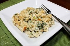 Chicken Florentine Casserole. Ahhh, creamy pasta dishes. Not something you'd think would be included in a healthy eating plan. Yum!
