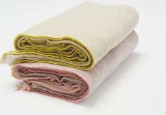 Loto. Plaid merino wool and bamboo. Hand made by Teixidors.