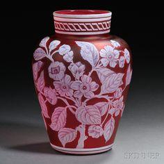 Thomas Webb & Sons Cameo Glass Vase | Sale Number 2698B, Lot Number 434 | Skinner Auctioneers
