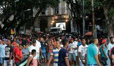 SALVADOR:  Mais de 10 mil acompanham Parada Gay