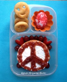 Lunch Made Easy: Peace, Love, & Happiness Bento! ♥ @EasyLunchBoxes