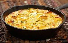 Batatas com creme de leite é prática, deliciosa e perfeita para uma refeição. Você pode fazer essa receita deliciosa e servir como prato surpresa em uma refeição.
