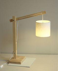 Lampe articulée en bois – Esprit Cabane