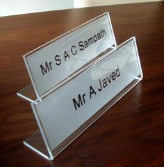 Office desk signs name plates for desks http://www.de-signage.com/Officesigns.php