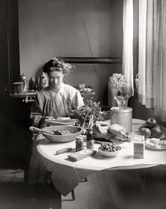 Shorpy Historical Photo Archive :: Home Cooking: 1910