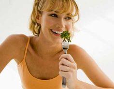 Comer antes de las 3 de la tarde aumentaría pérdida de peso - Vanguardia