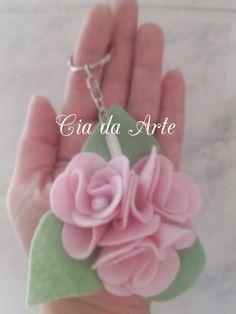 Cia da Arte: Chaveiro Rosinhas de Feltro.