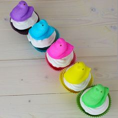Click Pic for 25 Easter Cupcakes - Pretty Peeps - Easter Cupcake Recipes >> http://www.craftordiy.com/easter-cupcakes-recipes-easter-food-ideas/