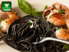 Черните спагети са паста оцветена с мастилото от сепия. Те са особено подходящи за приготвяне на паста с морски дарове и са високо ценени от изисканите ...