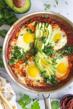 The Best Shakshuka Recipe. This is hands-down the best shakshuka recipe! All my shakshuka tips, plus, tips for making shakshuka for one. Vegetarian Recipes, Cooking Recipes, Healthy Recipes, Kosher Recipes, Healthy Eats, Shakshuka Recipes, Crunchy Chickpeas, Jai Faim, Kitchen