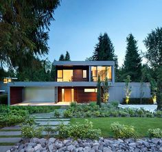 St. James Residence by Randy Bens