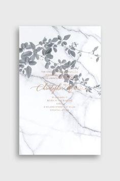Invito carta marmorizzata e dettagli botanici.