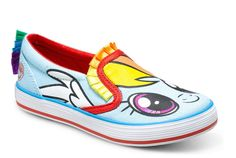 The My Little Pony shoes for kids are here and they are actually cute! If you have a little fan of Rainbow Dash, you are about to make her feet very happy.