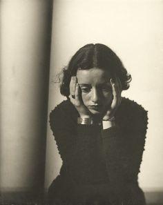"""commonmusings: """"Lore Krüger, Paris, 1937 © Galleria Martini & Ronchetti """""""