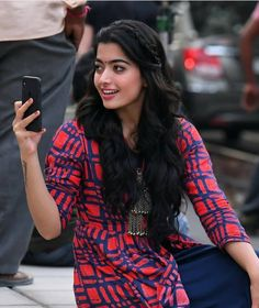 Rashmika Mandanna in DevaDas Beautiful Girl Indian, Most Beautiful Indian Actress, Beautiful Girl Image, Stylish Girls Photos, Stylish Girl Pic, South Actress, South Indian Actress, Indian Actress Photos, Indian Actresses