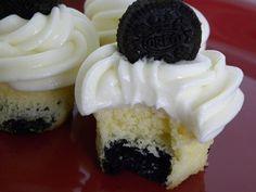Oreo Cookies and Cream Mini Cupcakes