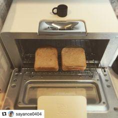 2017/01/31 10:07:15 asajikan.jp バルミューダのトースター、黒もいいけど白もかわいいですねっ♪  あなたの朝ごはんや朝の過ごし方をハッシュタグ「#朝時間」をつけて投稿してください♪すてきな写真は朝時間.jpのInstagramやサイト、アプリでご紹介させていただきます #朝美人アンバサダー #朝時間 #朝ごはん #バルミューダ #トースター #トースト  #Repost @sayance0404 さんより ・・・ ふわふわ、もちもち、かりかり、感激♡ これまでのトースターとは、 ぜんっぜん違う‼︎‼︎‼︎ ちいちゃなカップにお水一杯、シルバーの部分に流し込んでトースト。