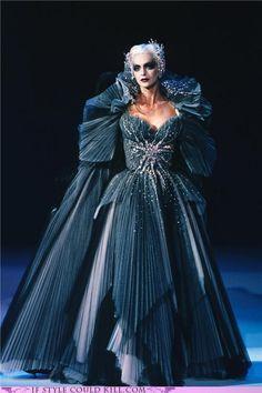 This dress! jaglady