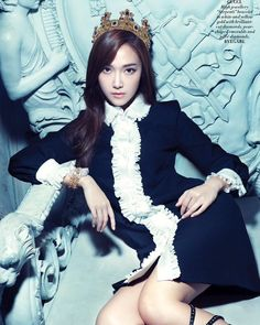 Former Girls' Generation member Jessica Jung is being featured on the cover of the upcoming issue of the fashion publication L'Officiel Singapore. The starlet can be seen in a variety of looks and poses for the phot shoot. Mode Jessica Jung, Jessica Jung Fashion, Jessica & Krystal, Krystal Jung, Snsd, Yoona, Kim Hyoyeon, Girls Generation Jessica, Girl's Generation