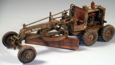 Caterpillar Motor Grader 1/35 Scale Model