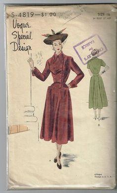 """1940s Vogue Special Design #4819 Vintage DRESS Pattern - (Sz 34"""" bust) 1940s Vogue Special Design #4819.  Vintage Dress Pattern.    All original.  Bust Size 34"""".  Used.  Complete.  sld 5.99+4 1bd 10/2/15"""