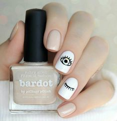 49 classy and stylish short nail art designs short nail designs short nail designs 2019 nail designs for short nails 2019 nail designs for short nails pictures short nails acrylic nice short nails short clear nails elegant short nail art design Minimalist Nails, Evil Eye Nails, Ten Nails, Short Nails Art, Chrome Nails, Nagel Gel, Perfect Nails, Manicure And Pedicure, Nails Inspiration