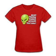 Alien Playing Games - Women's T-Shirt