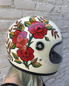 Bike helmet design diy 23 ideas for 2019 Kids Motorcycle Helmets, Motorcycle Tank, Motorcycle Style, Motorcycle Fashion, Bike Helmets, Vespa, Biltwell Helmet, Paint Bike, Helmet Paint