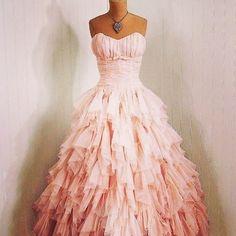 Imagen vía We Heart It #chanel #dress #fashion #loveit #pretty #style #sweety #vogue #swag