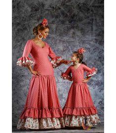 trajes de flamenca 2019 nina - Roal - Traje de gitana Ensueño niña Abaya Fashion, Fashion Dresses, Flamenco Costume, Flamenco Dresses, Spanish Dress, Spanish Fashion, Girls Dresses, Summer Dresses, Blue Lace