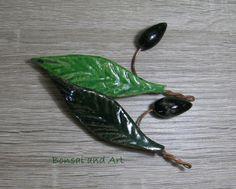 Olivenblatt mit Olive mini  von SonnenRegen auf DaWanda.com Etsy, Mini, Christmas Jewelry, Love