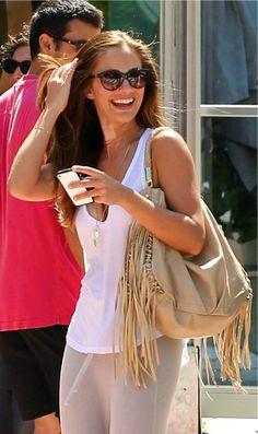 Minka Kelly Style. Minka Kelly Style, Beautiful Celebrities, Beautiful Ladies, Hot Actresses, Girl Crushes, Sweet Girls, Celebrity Style, Celebs, Street Style