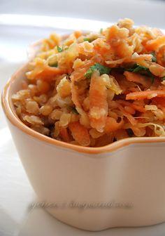 Салат из оранжевой чечевицы, моркови, грецкого ореха и кинзы.