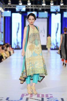 Nida Azwer Collection at PFDC SunsilkFashion Week  2013, Pakistani couture  *love