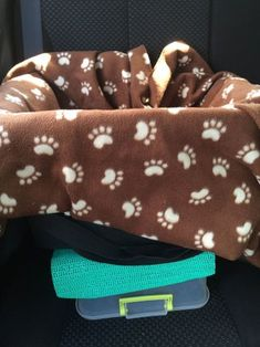 Cheap Safe Dog Car Seat : 10 Steps (with Pictures) - Instructables Dining Room Chair Cushions, Wayfair Living Room Chairs, Outdoor Lounge Chair Cushions, Dining Chairs, Dog Car Booster Seat, Dog Car Seats, Truck Bed Camping, Pet Collars