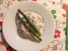 Piatto dietetico. Misto risi e asparagi.