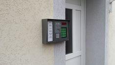 Társasházi kaputelefonok szerelése beépített kódos és kártyás beléptetővel kedvező áron garanciával!