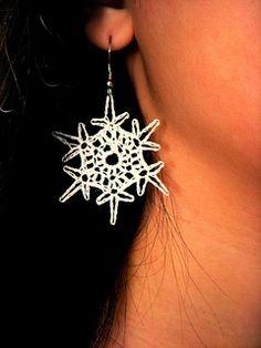 Simple Snowflake Earrings ~ free pattern ᛡ
