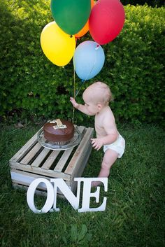 Baby's first birthday photos pictures photography baby boy one year old smash cake