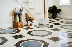 Que maravilla de suelo, verdad? pues la sorpresa está en que este suelo es linóleo pintado, sorprendido, verdad?. YO TAMBIÉN!!!
