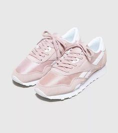 c75c1e13a7ba1 Sneakers women - Reebok Classic Nylon pink Sneakers Femme