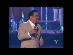 ▶ LOS HOMBRES TIENEN LA CULPA - Gilberto Santa Rosa - YouTube