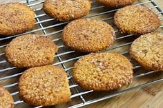 Recipe for Low-Sugar or Sugar-Free Almond Flour Snickerdoodle Cookies (also Gluten-Free)  [from Kalyn's Kitchen]