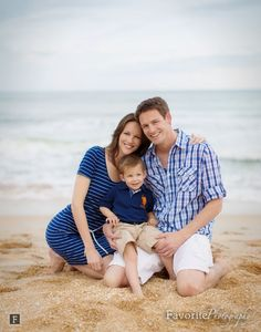 Family Photography / Family Portraits / Beach Family Pictures / Natural Light Portraits